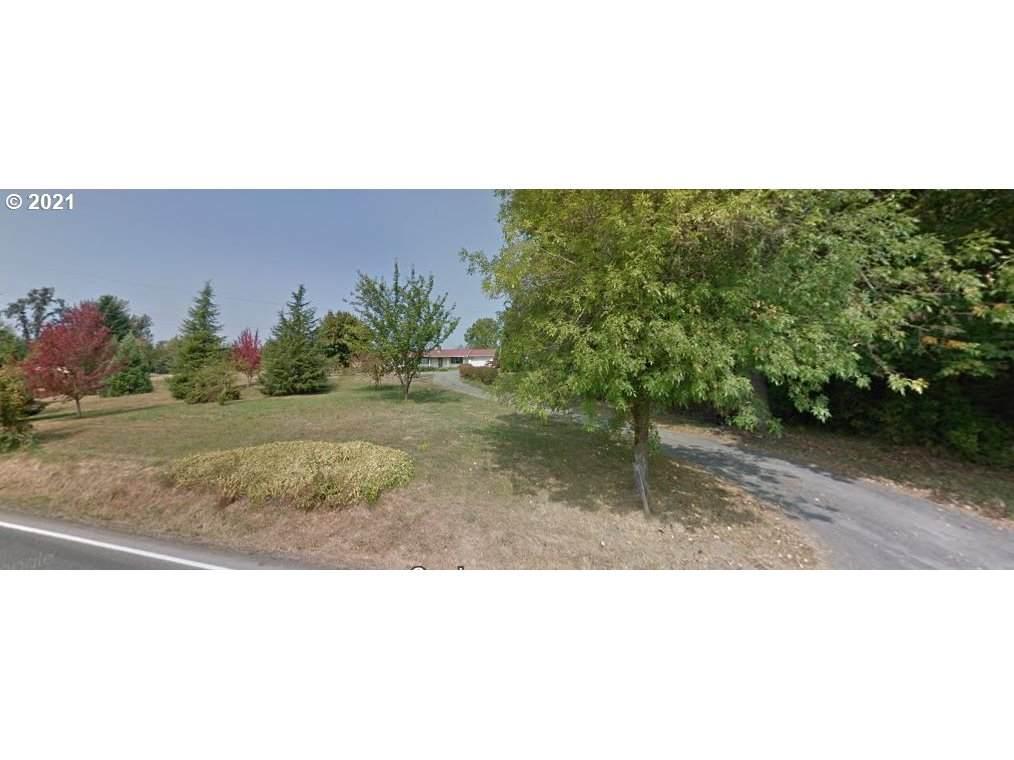 2210 Lockwood Creek Rd - Photo 1