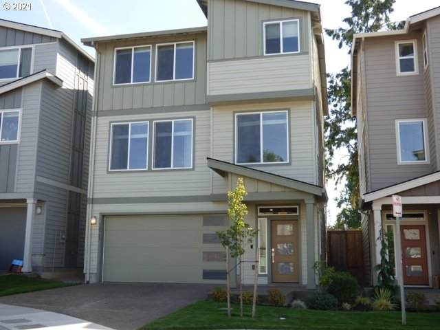 12361 SE Goali Ct, Happy Valley, OR 97015 (MLS #21565880) :: Fox Real Estate Group