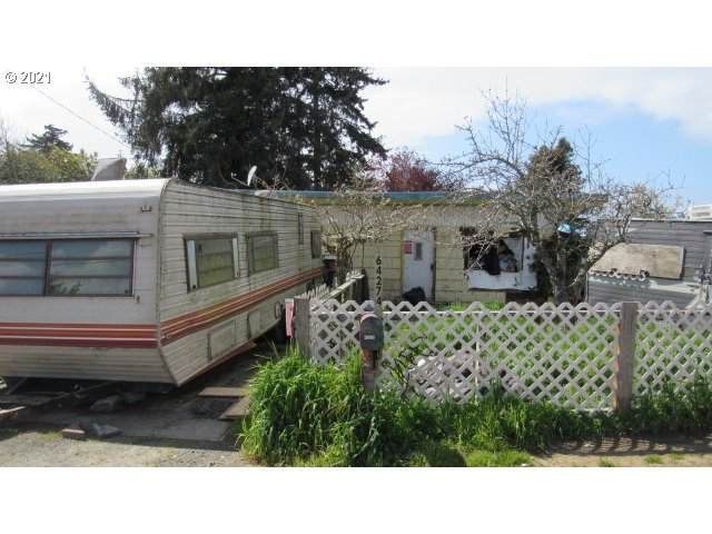 64274 Saddler Rd, Coos Bay, OR 97420 (MLS #21574050) :: Fox Real Estate Group