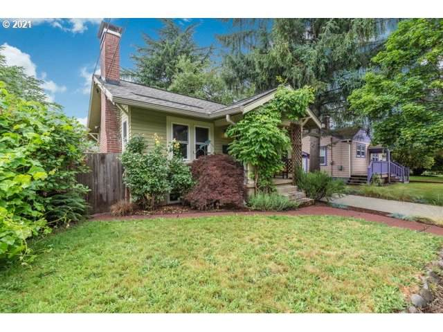 227 SE 84TH Ave, Portland, OR 97216 (MLS #21633506) :: Real Tour Property Group