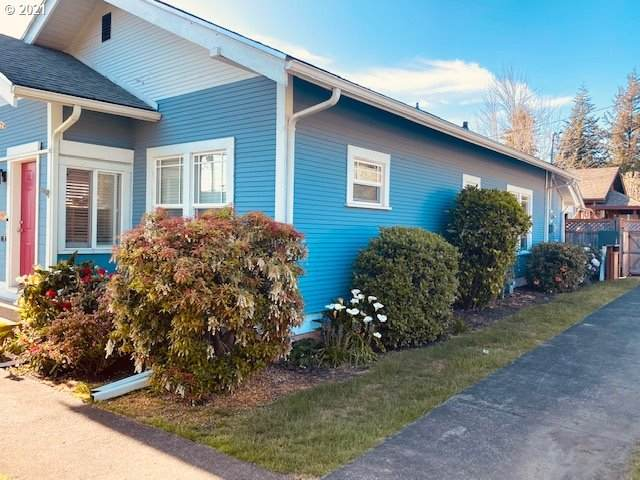 794 E 2ND St, Coquille, OR 97423 (MLS #21675064) :: Stellar Realty Northwest