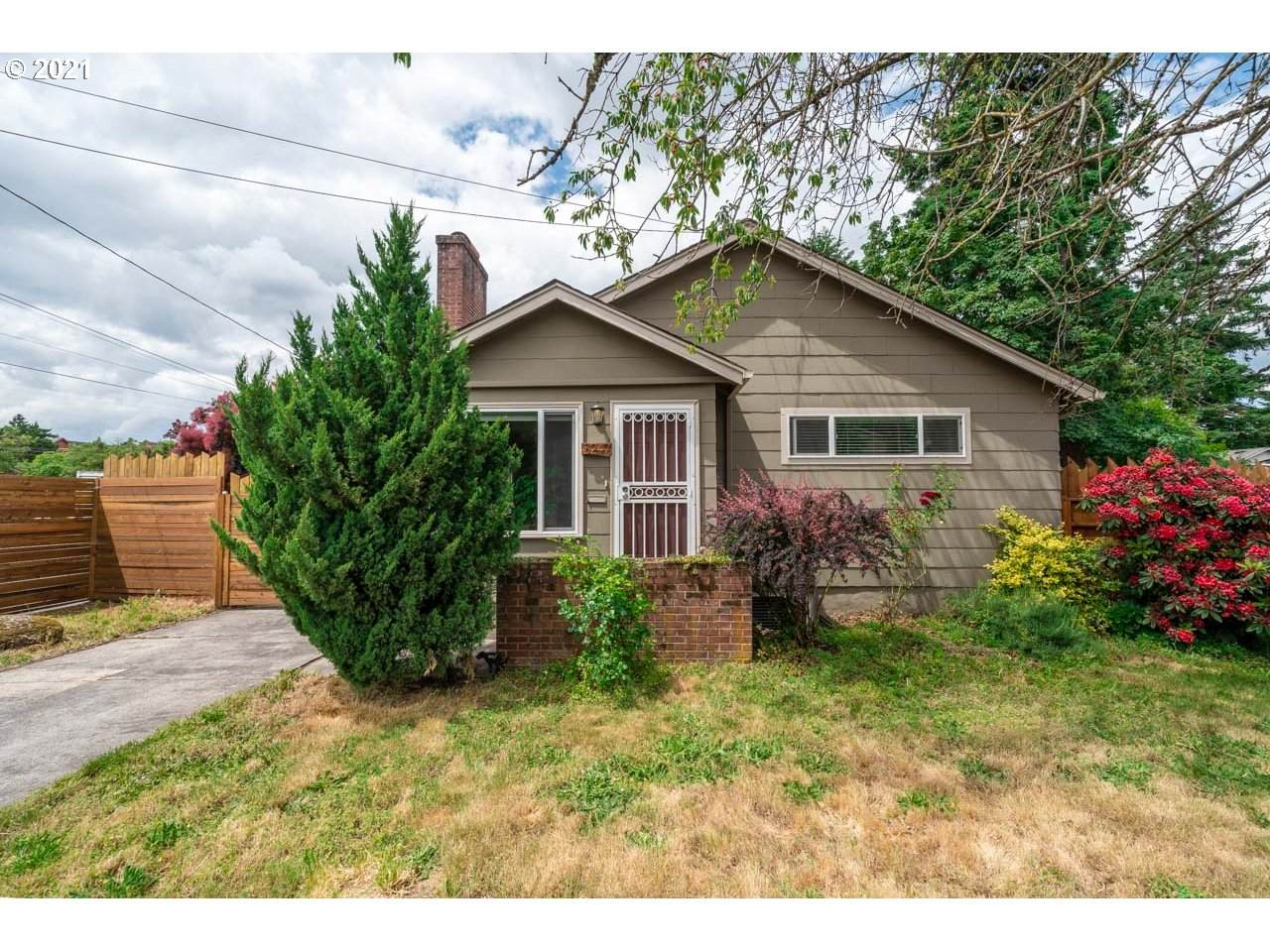 5247 79TH Ave - Photo 1