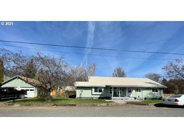 1801 Conklin Rd, Cove, OR 97824 (MLS #21693051) :: Stellar Realty Northwest