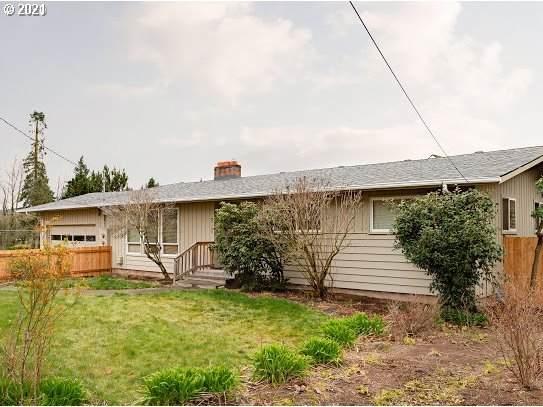 16369 SE Vineyard Ln, Milwaukie, OR 97267 (MLS #21695095) :: McKillion Real Estate Group