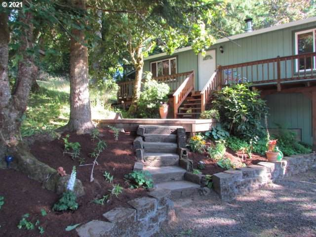 29157 Thistle Hill Rd, Rainier, OR 97048 (MLS #21695368) :: Next Home Realty Connection