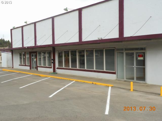741 Main St - Photo 1
