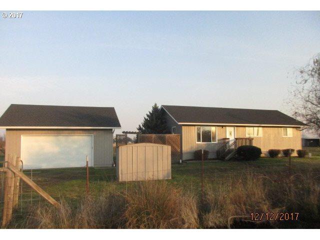 90173 Goodman Rd, Junction City, OR 97448 (MLS #17049425) :: Song Real Estate