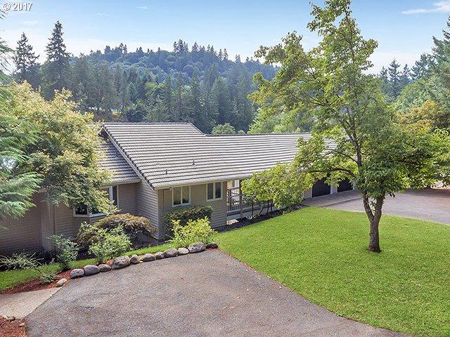 1236 14TH St, West Linn, OR 97068 (MLS #17559387) :: The Dale Chumbley Group