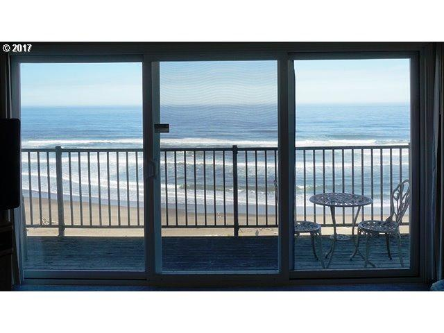 4229 SW Beach Ave #27, Lincoln City, OR 97367 (MLS #17616575) :: R&R Properties of Eugene LLC