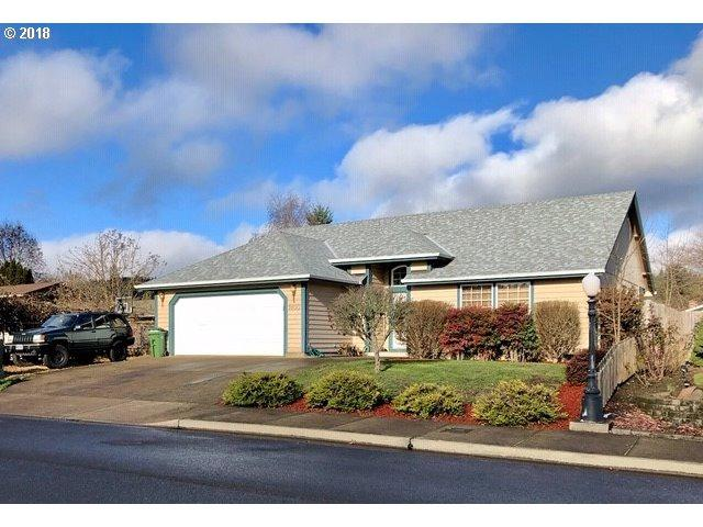 1650 Daugherty Ave, Cottage Grove, OR 97424 (MLS #18372023) :: The Lynne Gately Team