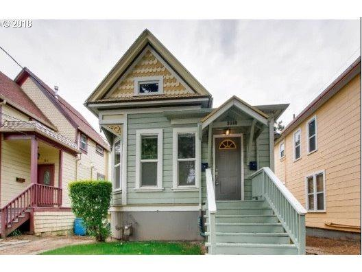 3310 SE Yamhill St, Portland, OR 97214 (MLS #18407732) :: Hatch Homes Group