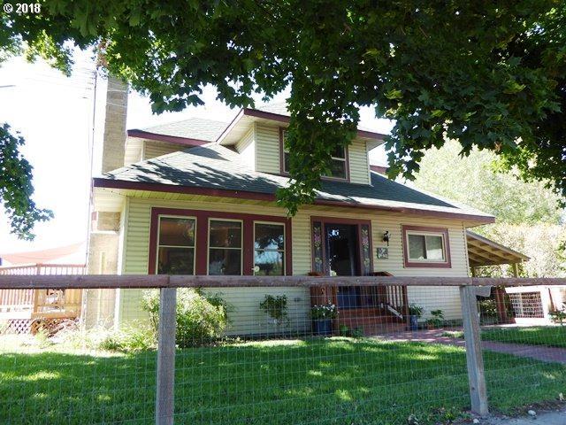 941 Rose St, Baker City, OR 97814 (MLS #18427095) :: Premiere Property Group LLC