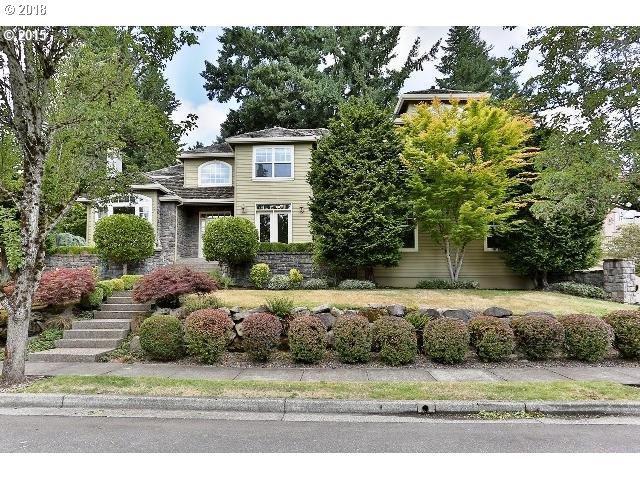 2420 Remington Dr, West Linn, OR 97068 (MLS #18457035) :: McKillion Real Estate Group