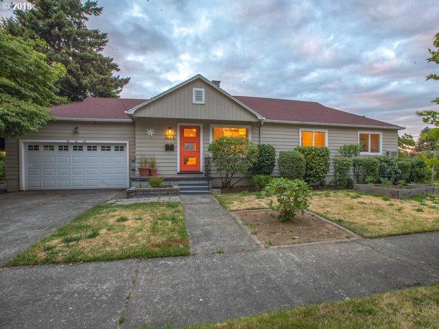 3565 NE Liberty St, Portland, OR 97211 (MLS #18479456) :: Fox Real Estate Group