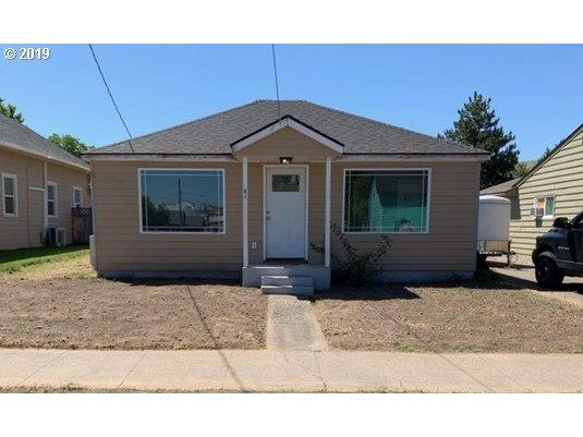 301 W Broadway, Milton-Freewater, OR 97862 (MLS #19198158) :: Song Real Estate
