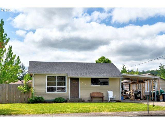 1843 Bryant Ave, Cottage Grove, OR 97424 (MLS #19229208) :: R&R Properties of Eugene LLC