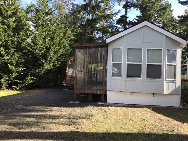 5 Redwood St, Florence, OR 97439 (MLS #19280169) :: Fox Real Estate Group
