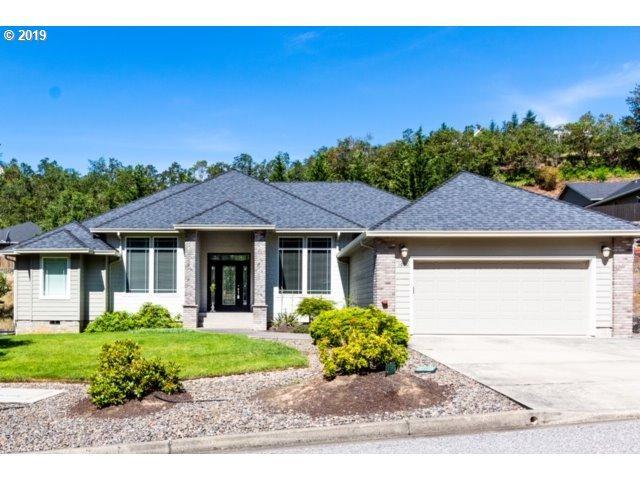 1690 NE Rocky Dr, Roseburg, OR 97470 (MLS #19379639) :: McKillion Real Estate Group