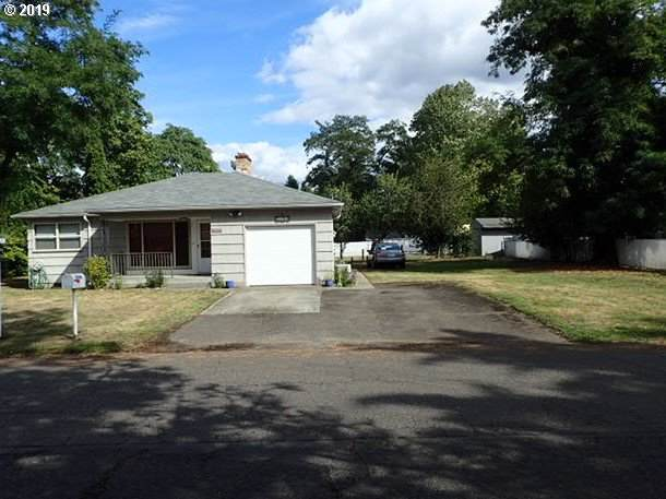 3106 SE 143RD Ave, Portland, OR 97236 (MLS #19397984) :: Change Realty