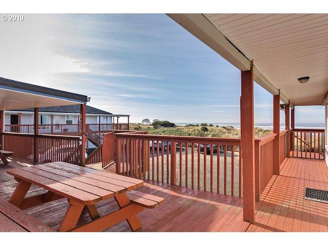 621 S Pacific Ave #14, Rockaway Beach, OR 97136 (MLS #19473217) :: McKillion Real Estate Group