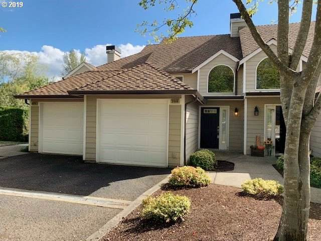 3968 Carman Dr, Lake Oswego, OR 97035 (MLS #19527221) :: Next Home Realty Connection