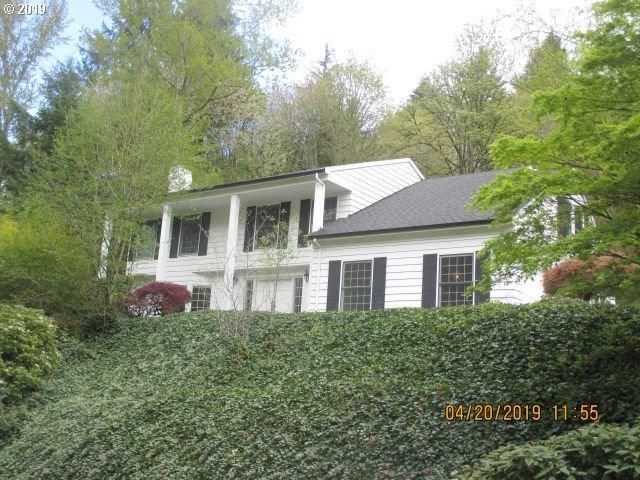 18052 Hobbit Ct, Lake Oswego, OR 97034 (MLS #19591045) :: Matin Real Estate Group