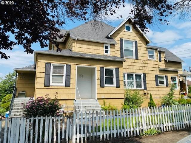 902 Jefferson St, Oregon City, OR 97045 (MLS #20011869) :: Townsend Jarvis Group Real Estate