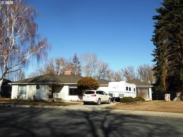 2950 Grandview Dr, Baker City, OR 97814 (MLS #20171418) :: Song Real Estate