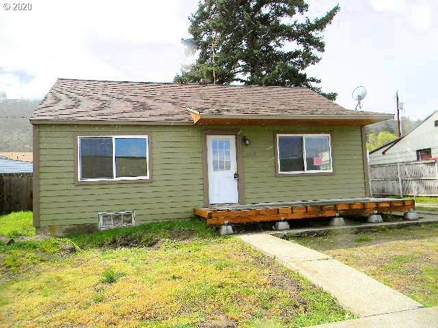 1510 W 10TH, The Dalles, OR 97058 (MLS #20200881) :: Holdhusen Real Estate Group