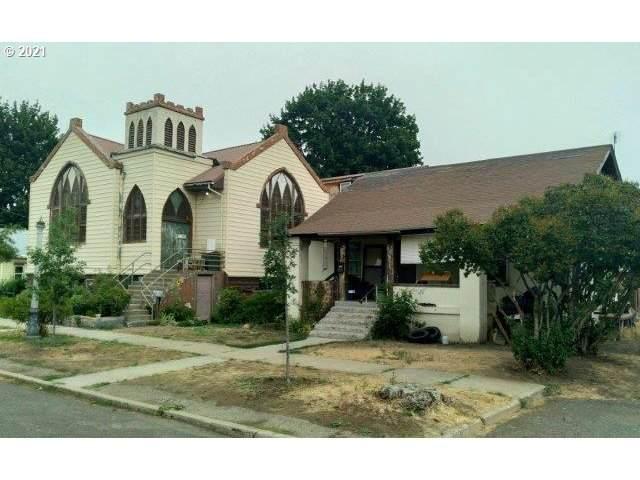 2105 Fir St, La Grande, OR 97850 (MLS #21013875) :: Townsend Jarvis Group Real Estate