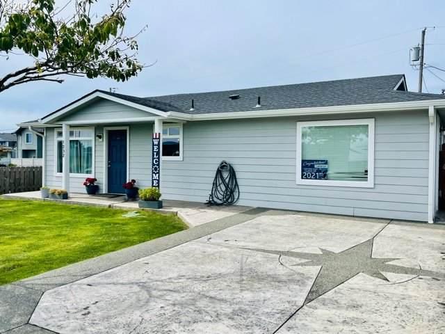 1232 Hub St, Brookings, OR 97415 (MLS #21025637) :: Holdhusen Real Estate Group