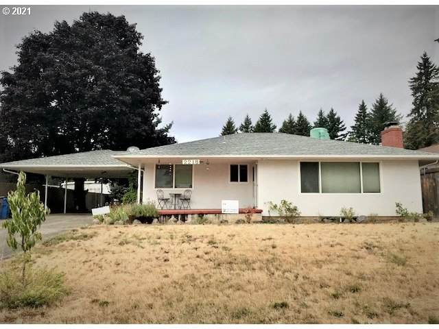 2218 E 18TH St, Vancouver, WA 98661 (MLS #21061976) :: Townsend Jarvis Group Real Estate