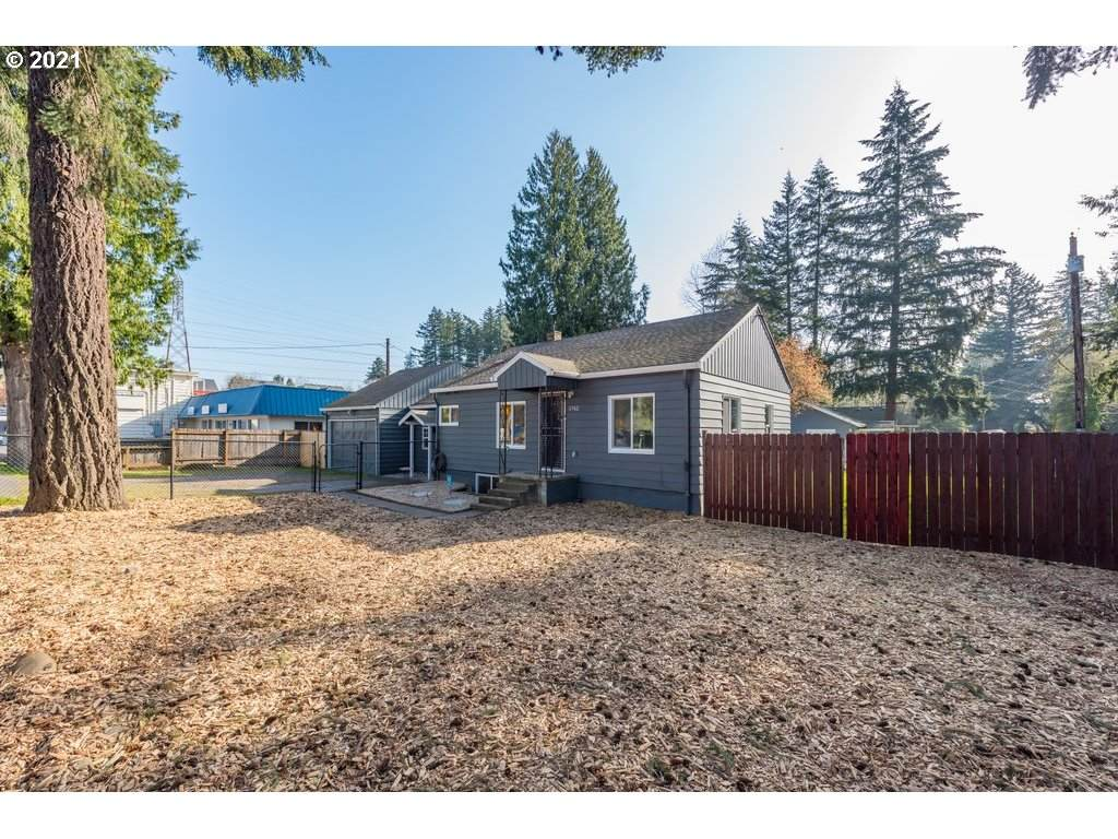 5742 136TH Ave - Photo 1
