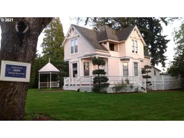 1420 SE Roberts Dr, Gresham, OR 97080 (MLS #21178049) :: Real Tour Property Group