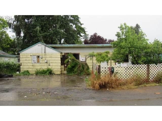 64274 Saddler Rd, Coos Bay, OR 97420 (MLS #21574050) :: McKillion Real Estate Group