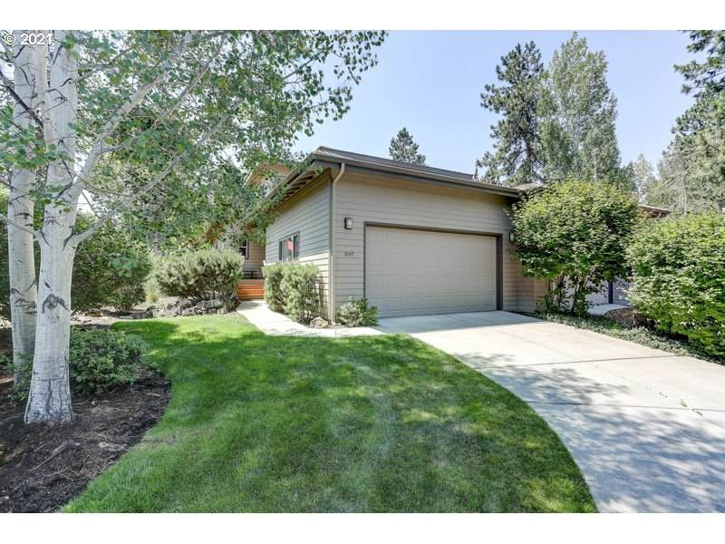 3047 Golf View Dr - Photo 1