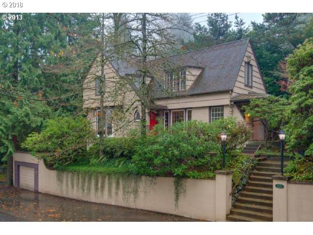 2840 SW Talbot Rd, Portland, OR 97201 (MLS #18003261) :: Cano Real Estate