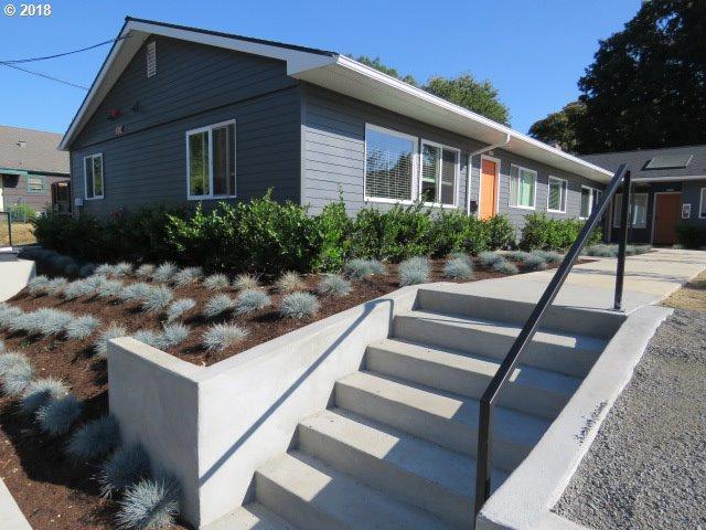 3608 SE 15TH Ave, Portland, OR 97202 (MLS #18159785) :: Harpole Homes Oregon