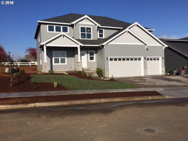 2543 SW Mt Washington St, Mcminnville, OR 97128 (MLS #18340829) :: Townsend Jarvis Group Real Estate