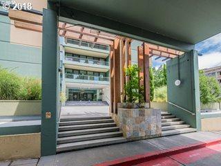 111 SW Harrison St 12B, Portland, OR 97201 (MLS #18660373) :: Cano Real Estate