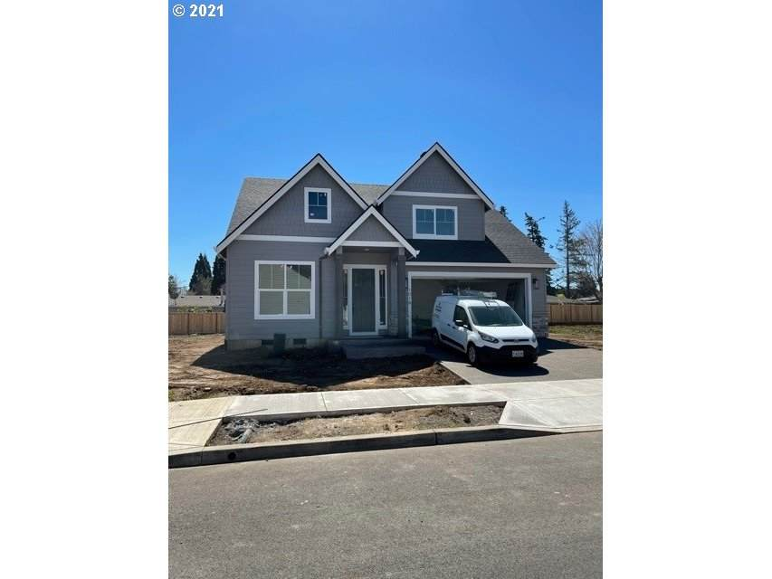 1019 15th Ave - Photo 1
