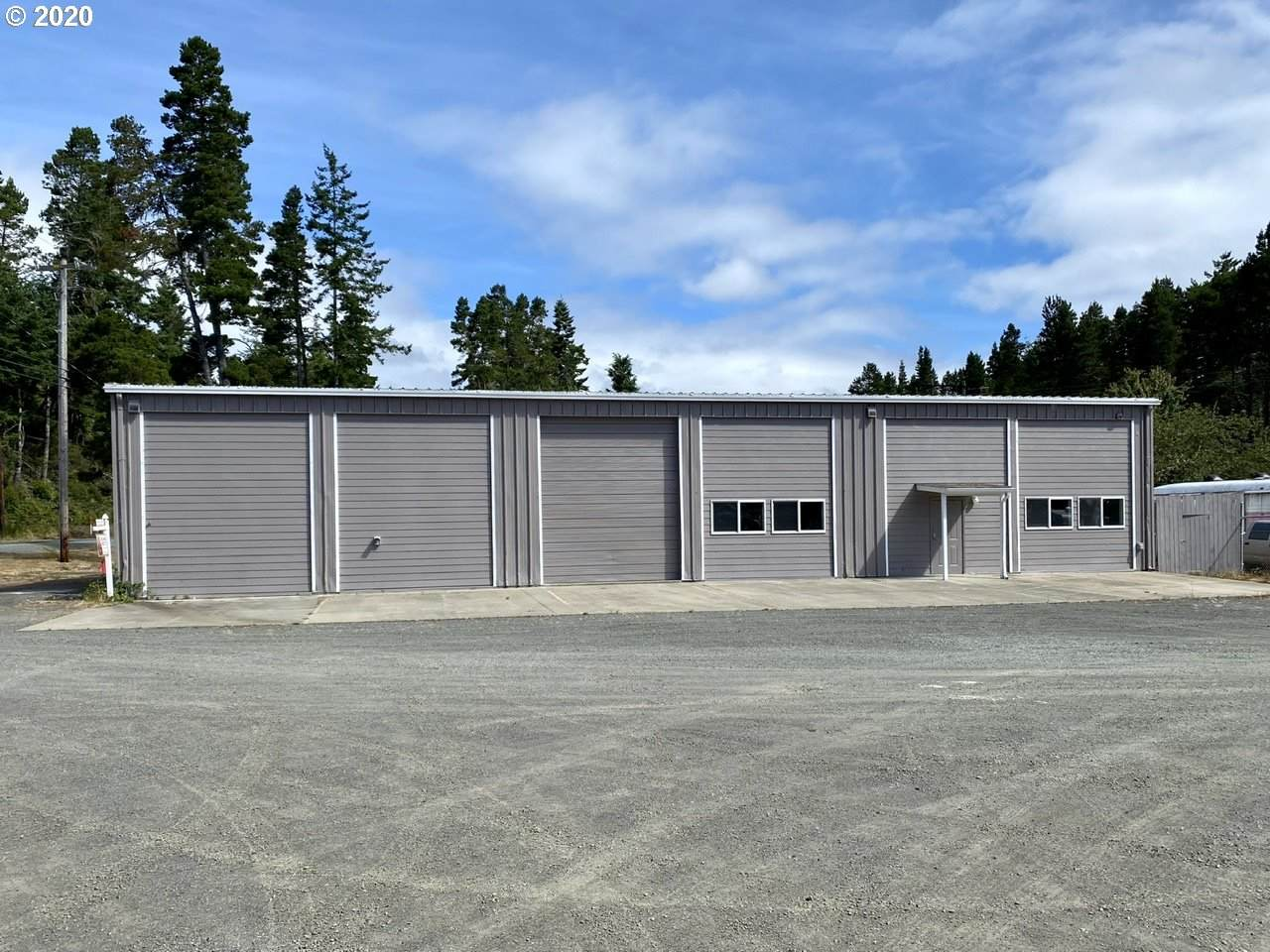 72445 Highway 101 - Photo 1