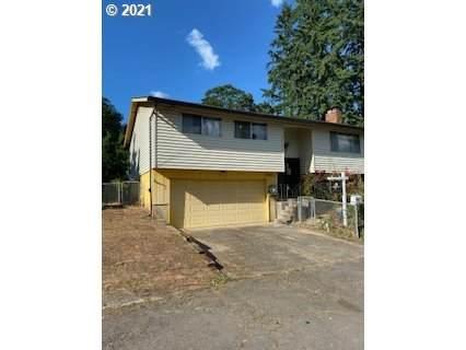 17902 Cottonwood Ct, Gladstone, OR 97027 (MLS #21578919) :: Lux Properties