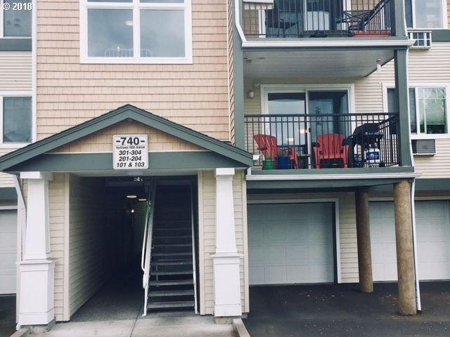 740 NW 185TH Ave #204, Beaverton, OR 97006 (MLS #18072837) :: Next Home Realty Connection