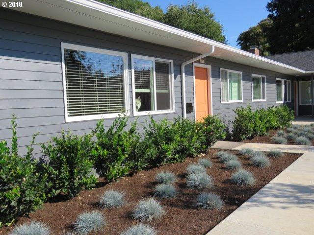 3608 SE 15TH Ave, Portland, OR 97202 (MLS #18159785) :: Portland Lifestyle Team