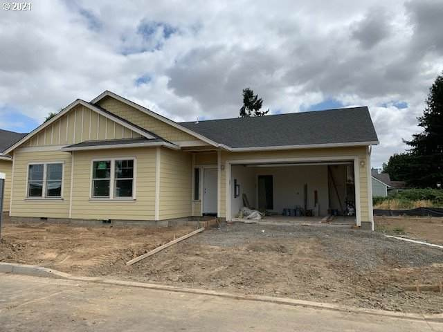 1070 Kennedy St, Woodburn, OR 97071 (MLS #21573099) :: Lux Properties