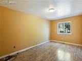 833 Spring Valley Drive - Photo 19