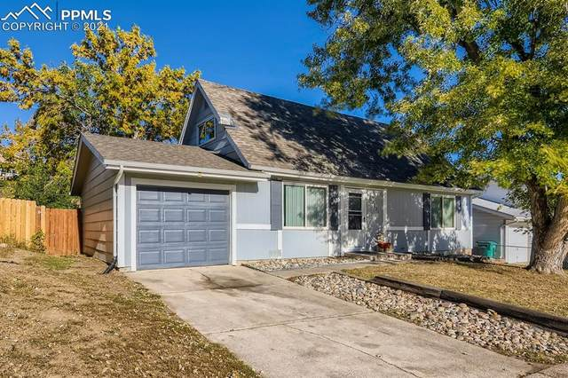2221 Fernwood Drive, Colorado Springs, CO 80910 (#1133311) :: The Gold Medal Team with RE/MAX Properties, Inc