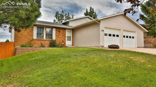 2326 Distinctive Drive, Colorado Springs, CO 80920 (#1283755) :: Fisk Team, RE/MAX Properties, Inc.