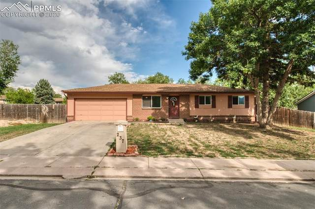 237 Longfellow Drive, Colorado Springs, CO 80910 (#1379144) :: Tommy Daly Home Team